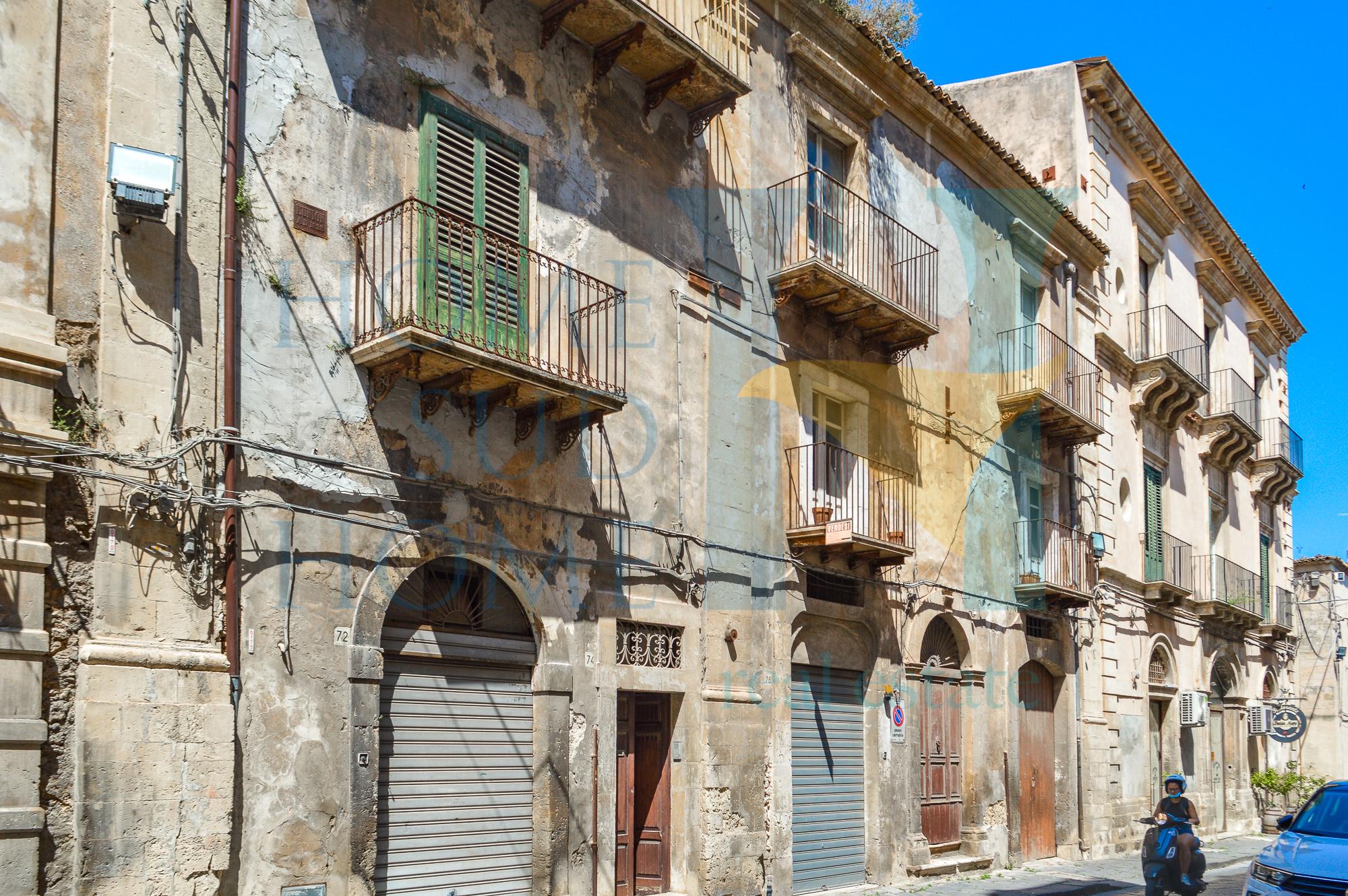 Palazzo Perla Barocca
